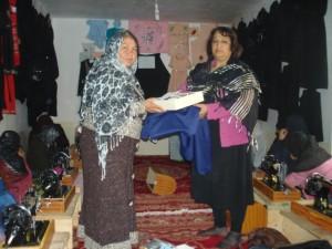 2011 Selbstgenähte Kleider von den Kursteilnehmerinnen