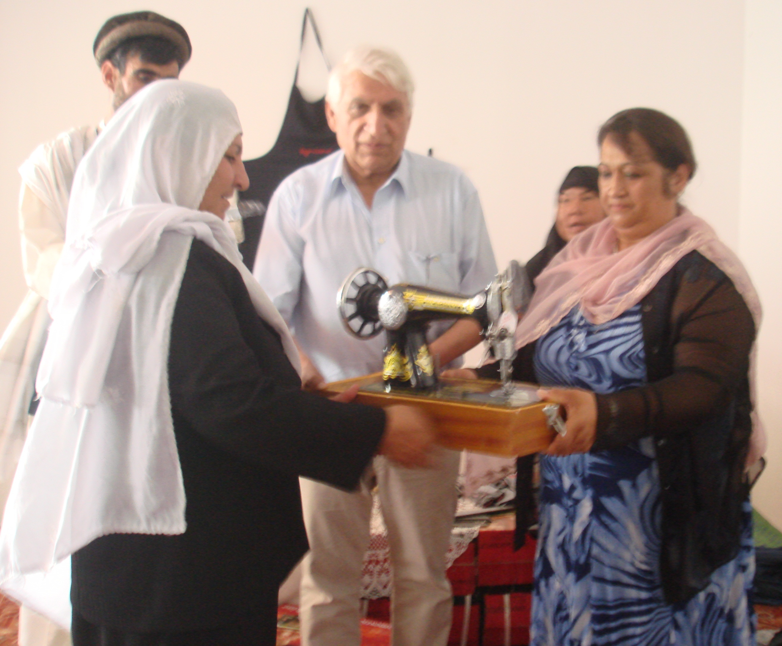 Nähmaschinen für das Frauenbildungszentraum