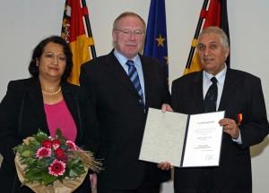2004 Die ehrenamtliche Arbeit von Familie Ayas wurde gewürdigt durch die Verleihung der Verdienstmedaille des Landes Rheinland-Pfalz.