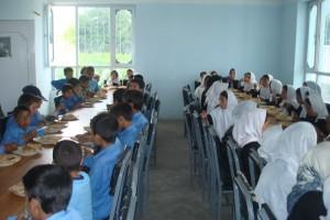 2010 Kinderhaus Charikar, das neue Esszimmer