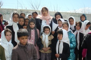 2011 Schulanfang im Kinderhaus in Charikar