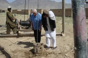 2001 Barikab, Bohrung eines neuen Brunnens