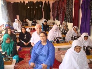 2014 Besuch eines Nähkurses im Frauenbildungszentrum